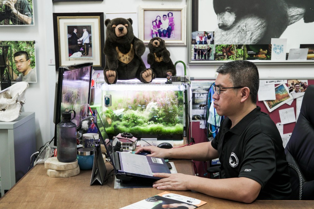 BSBCC's founder Dr Wong Siew Te, a Malaysian wildlife biologist, is the world's foremost expert on sun bears. His days start early as there is still much work to be done. Human activities are threatening the survival of sun bears in the wild.